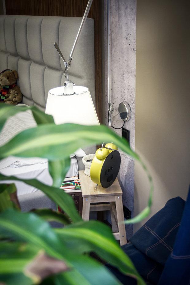 Фотография: Спальня в стиле Лофт, Современный, Эклектика, Квартира, Россия, Планировки, Аксессуары, Artemide, Axo Light, Eichholtz, Miele, Мебель и свет, Белый, Перепланировка, Зеленый, Бежевый, Желтый, Синий, Коричневый, Санкт-Петербург, ИКЕА, FLOS, Derufa, Artflex, Lottocento, Макс Жуков, ToTaste – фото на INMYROOM