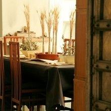 Фотография: Кухня и столовая в стиле Кантри, Ванная, Франция, Дома и квартиры, Городские места, Отель – фото на InMyRoom.ru