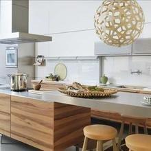 Фотография: Кухня и столовая в стиле Современный, Декор интерьера, Квартира, Дом, Интерьер комнат, Цвет в интерьере, Белый – фото на InMyRoom.ru