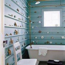 Фотография: Ванная в стиле Кантри, Декор интерьера, Декор, Советы, Обои, Ремонт на практике, керамическая плитка, грифельная краска, самоклеющаяся пленка, агломерат, пластиковые панели, стекловолокнистые обои, отделка стен в ванной – фото на InMyRoom.ru