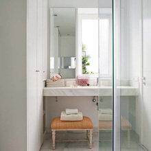 Фотография: Ванная в стиле Эклектика, Дом, Испания, Цвет в интерьере, Дома и квартиры, Белый – фото на InMyRoom.ru