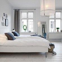 Фотография: Спальня в стиле Скандинавский, Квартира, Цвет в интерьере, Дома и квартиры, Белый, Камин – фото на InMyRoom.ru