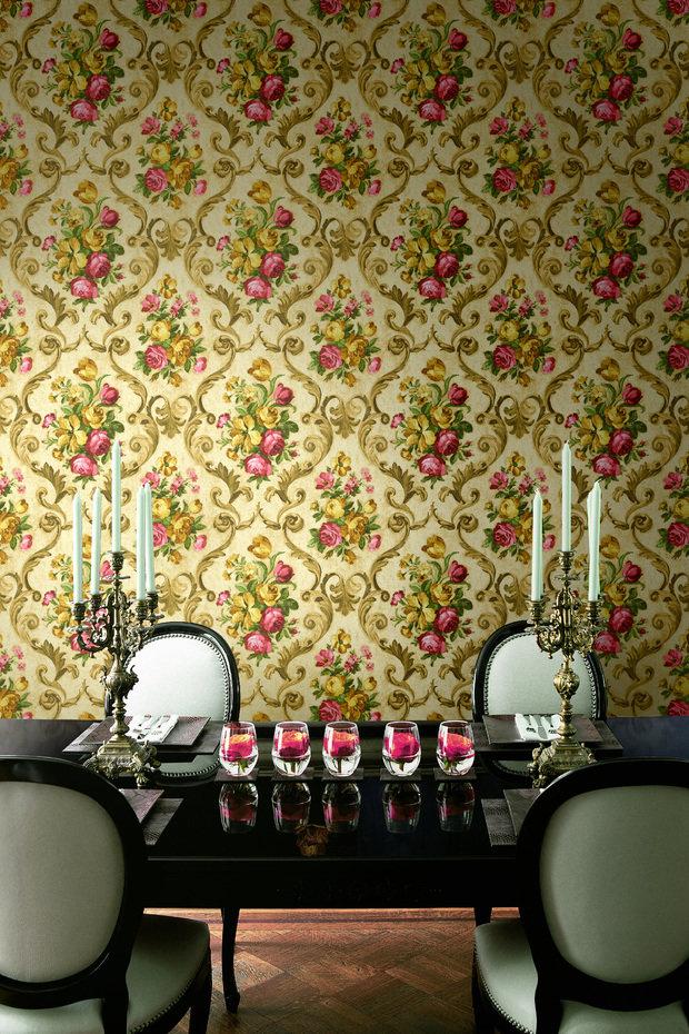 Фотография: Мебель и свет в стиле Прованс и Кантри, Гостиная, Интерьер комнат, Картины, Зеркало – фото на InMyRoom.ru