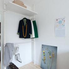 Фотография: Прихожая в стиле Минимализм, Декор интерьера, Малогабаритная квартира, Советы, ИКЕА, Мария Жучкова – фото на InMyRoom.ru