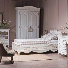 Фото из портфолио Коллекции мебели в стиле прованс – фотографии дизайна интерьеров на InMyRoom.ru