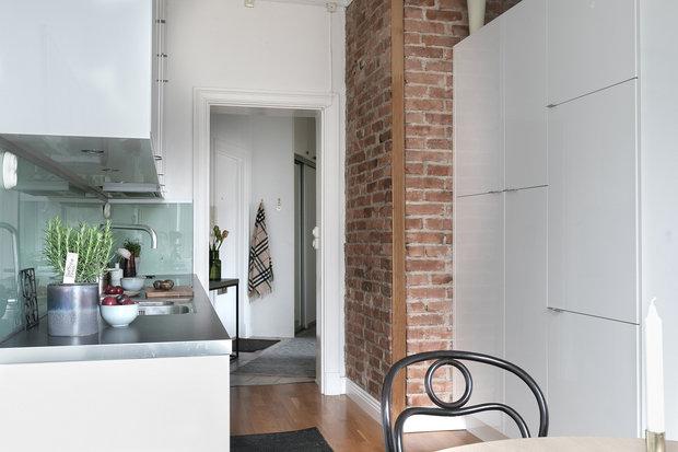 Фотография: Кухня и столовая в стиле Современный, Декор интерьера, Квартира, Швеция, Гетеборг, 2 комнаты – фото на InMyRoom.ru