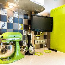 Фотография: Кухня и столовая в стиле Современный, Эклектика, Декор интерьера, Интерьер комнат, Тема месяца – фото на InMyRoom.ru