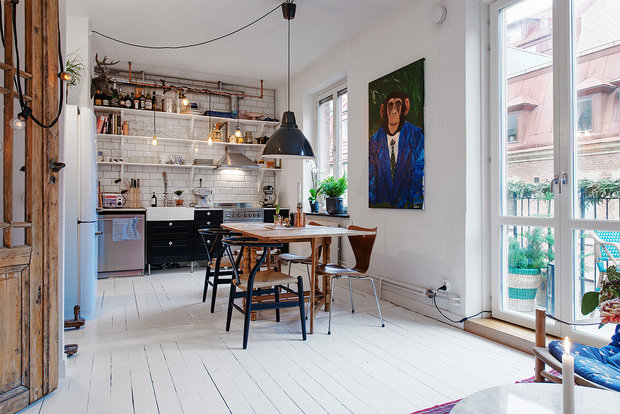 Фотография: Кухня и столовая в стиле Скандинавский, Эклектика, Малогабаритная квартира, Квартира – фото на InMyRoom.ru