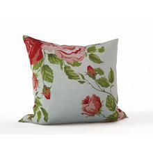 Дизайнерская подушка: Винтажные розы