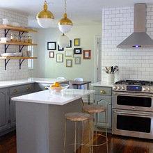 Фотография: Кухня и столовая в стиле Лофт, Скандинавский, Классический, Мебель и свет, Переделка – фото на InMyRoom.ru