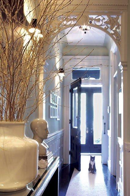 Фотография: Прихожая в стиле Прованс и Кантри, Интерьер комнат, Ковер, Шкаф – фото на InMyRoom.ru