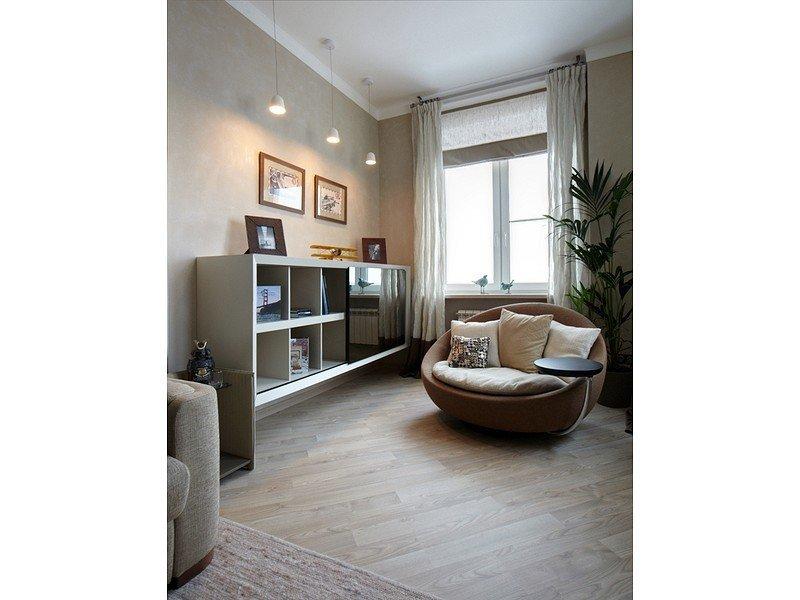 Маленькая современная гостиная