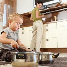 Фотография: Кухня и столовая в стиле Современный, Малогабаритная квартира, Карта покупок, Индустрия, Бытовая техника – фото на InMyRoom.ru