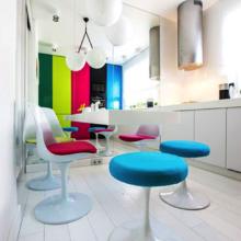 Фото из портфолио Квартирный вопрос: Кухня под вишнями – фотографии дизайна интерьеров на INMYROOM