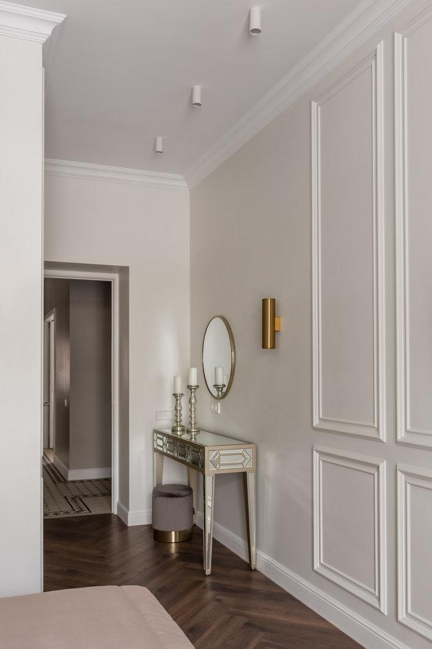 Фотография: Спальня в стиле Классический, Квартира, Проект недели, Москва, 2 комнаты, 60-90 метров, Muzahouse – фото на INMYROOM