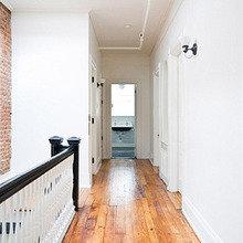 Фотография: Прихожая в стиле Скандинавский, Дом, Дома и квартиры, Перепланировка, Нью-Йорк – фото на InMyRoom.ru