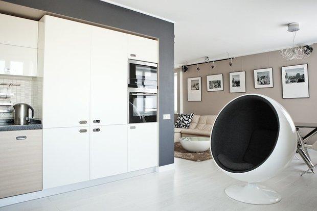 Фотография: Кухня и столовая в стиле Хай-тек, Ремонт на практике, Андрей Лямин-Бородин – фото на INMYROOM