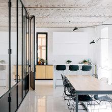 Фото из портфолио  Минималистичная и уютная квартира в черно-белом исполнении – фотографии дизайна интерьеров на InMyRoom.ru