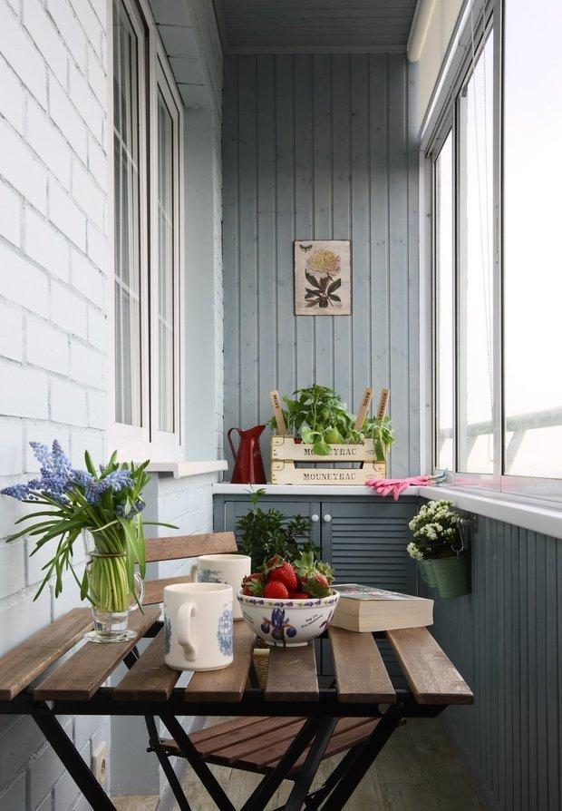 Оформление балкона изнутри: 100 фото с идеями оформления кра.