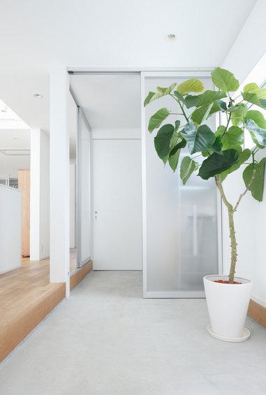 Фотография: Гардеробная в стиле Эко, Дом, Дома и квартиры, Япония – фото на InMyRoom.ru
