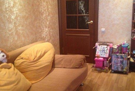 Помогите, пожалуйста, с дизайном комнаты для девочки