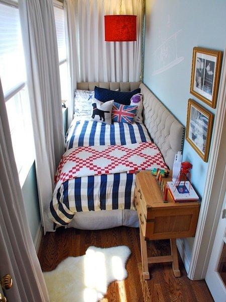 Фотография: Балкон, Терраса в стиле Скандинавский, Спальня, Интерьер комнат – фото на InMyRoom.ru