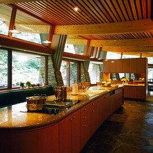 Фотография: Кухня и столовая в стиле Кантри, Современный, Декор интерьера, Дом, Дома и квартиры, Архитектурные объекты, Япония – фото на InMyRoom.ru