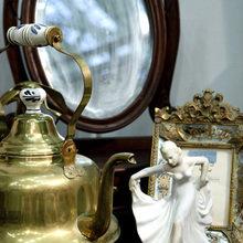 Фотография: Аксессуары в стиле Кантри, Антиквариат, Индустрия, События, Посуда, Ретро, Блошиный рынок – фото на InMyRoom.ru