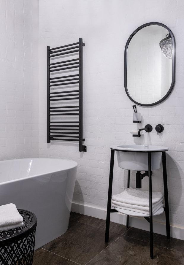 Фотография: Ванная в стиле Лофт, Эклектика, Квартира, Проект недели, Москва, Кирпичный дом, 2 комнаты, 40-60 метров, Алина Палагина – фото на INMYROOM