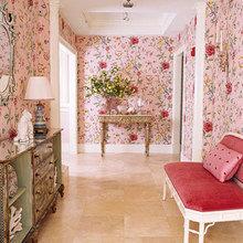 Фотография: Кабинет в стиле Кантри, Декор интерьера, Дизайн интерьера, Мебель и свет, Цвет в интерьере, Стены, Розовый, Фуксия – фото на InMyRoom.ru