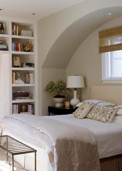 Фотография: Спальня в стиле Эко, Гардеробная, Декор интерьера, Интерьер комнат, Системы хранения, Кровать, Гардероб – фото на InMyRoom.ru