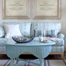 Фотография: Мебель и свет в стиле Кантри, Гостиная, Интерьер комнат, Средиземноморский – фото на InMyRoom.ru
