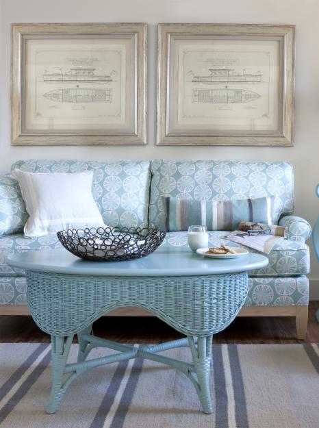 Фотография: Мебель и свет в стиле Прованс и Кантри, Гостиная, Интерьер комнат, Средиземноморский – фото на InMyRoom.ru