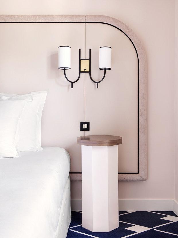 Фотография: Спальня в стиле Минимализм, Декор интерьера, Париж, Жан Луи Денио, Ора Ито – фото на INMYROOM