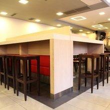 Фото из портфолио Сеть ресторанов быстрого обслуживания «KFC», редизайн – фотографии дизайна интерьеров на InMyRoom.ru