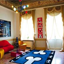 Фотография: Гостиная в стиле Современный, Эклектика, Италия, Дома и квартиры, Городские места, Отель, Ампир, Барокко – фото на InMyRoom.ru