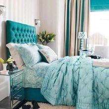 Фотография: Спальня в стиле Кантри, Декор интерьера, Дизайн интерьера, Цвет в интерьере, Бирюзовый – фото на InMyRoom.ru