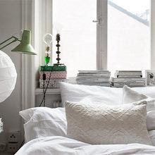 Фотография: Спальня в стиле Скандинавский, Малогабаритная квартира, Квартира, Цвет в интерьере, Дома и квартиры, Белый – фото на InMyRoom.ru