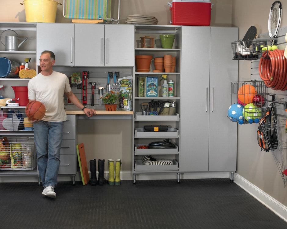 Фотография:  в стиле Современный, Гардеробная, Хранение, Интерьер комнат, Системы хранения, Полки – фото на InMyRoom.ru
