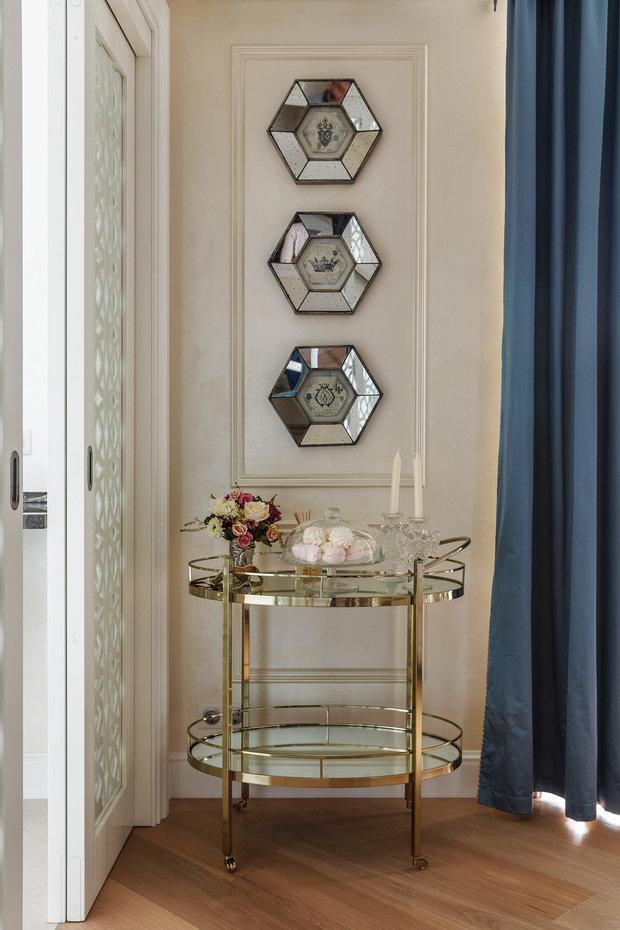 Фотография: Декор в стиле Классический, Квартира, Проект недели, Москва, Сталинка, Мария Рублева, 2 комнаты, 40-60 метров – фото на INMYROOM
