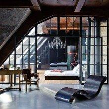 Фотография: Гостиная в стиле Лофт, Эклектика, Дизайн интерьера, Стена, Библиотека, Будапешт – фото на InMyRoom.ru