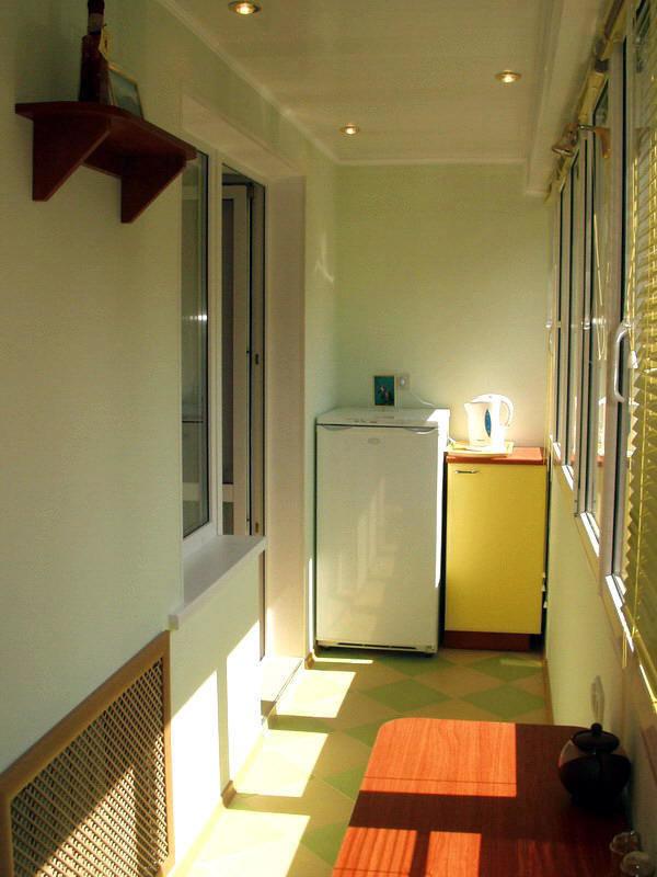 Фотография: Балкон, Терраса в стиле , Кухня и столовая, Интерьер комнат, Бытовая техника – фото на InMyRoom.ru