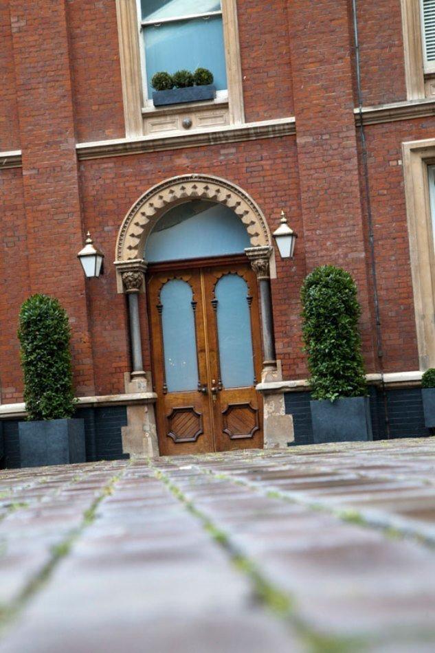 Фотография: Архитектура в стиле Классический, Современный, Эклектика, Дом, Цвет в интерьере, Дома и квартиры, Белый, Лондон – фото на InMyRoom.ru