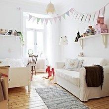 Фотография: Детская в стиле Скандинавский, Квартира, Швеция, Цвет в интерьере, Дома и квартиры, Белый – фото на InMyRoom.ru