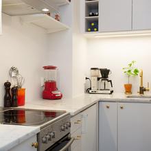 Фотография: Кухня и столовая в стиле Современный, Скандинавский, Малогабаритная квартира, Квартира, Дома и квартиры – фото на InMyRoom.ru