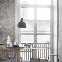 Фотография: Кухня и столовая в стиле Скандинавский, Современный, Декор интерьера, Дизайн интерьера, Цвет в интерьере, Обои, Стены, Эко – фото на InMyRoom.ru