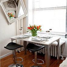 Фотография: Кухня и столовая в стиле Скандинавский, Малогабаритная квартира, Квартира, Цвет в интерьере, Дома и квартиры, Белый, Нью-Йорк, Стол, Кресло, Зеркало – фото на InMyRoom.ru