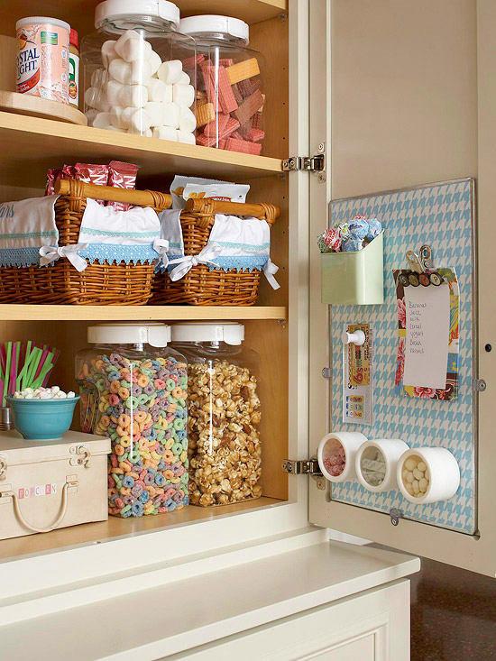 Фотография:  в стиле , Кухня и столовая, Советы, хранение на кухне – фото на InMyRoom.ru