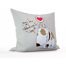 Диванная подушка: Больше любви