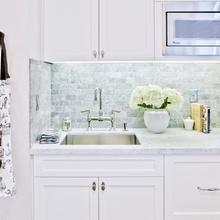 Фотография: Кухня и столовая в стиле Классический, Прочее, Советы, ламинат, хранение – фото на InMyRoom.ru